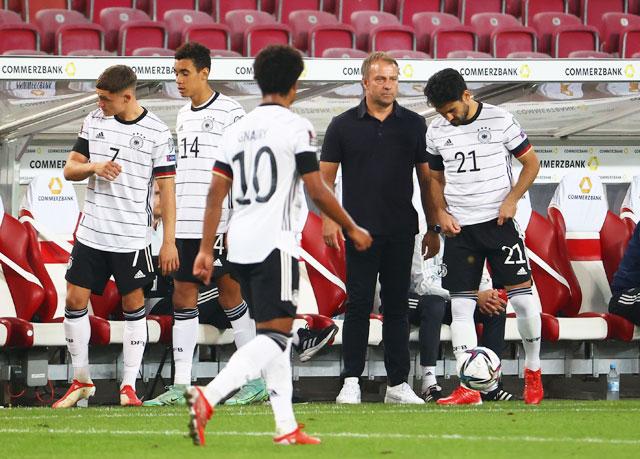 ĐT Đức vượt qua vòng loại World Cup 2022: Hansi Flick còn nhiều việc phải làm