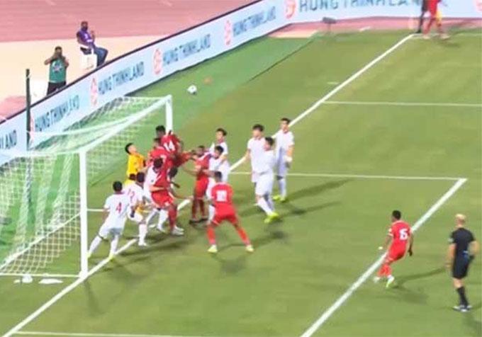Phạt góc Việt Nam vs Oman: Giải pháp nào ĐT Việt Nam chống lại quả đá phạt góc khù khoằm?