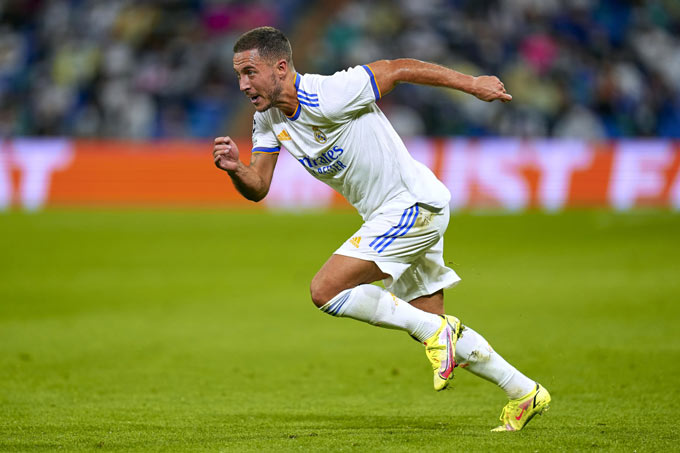 Real Madrid dở khóc dở cười về tình hình nhân sự